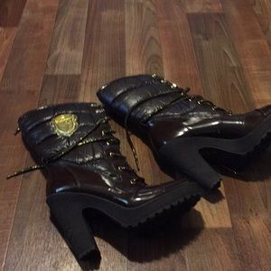 Baby Phat lace up heeled snow boots size 8